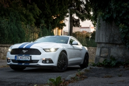 Ford Mustang 2,3 EcoBoost