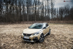 Peugeot 3008 Allure 1,6 BlueHDI 120k AT6 je proste COOL!