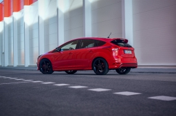 Ford Focus 1.5 TDCi ST Line Red Edition: Tajný život